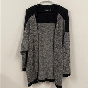 Apt 9 cardigan sweater 2X black and white EUC